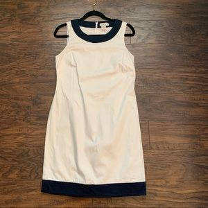 Vineyard Vines White with Navy trim Shift Dress